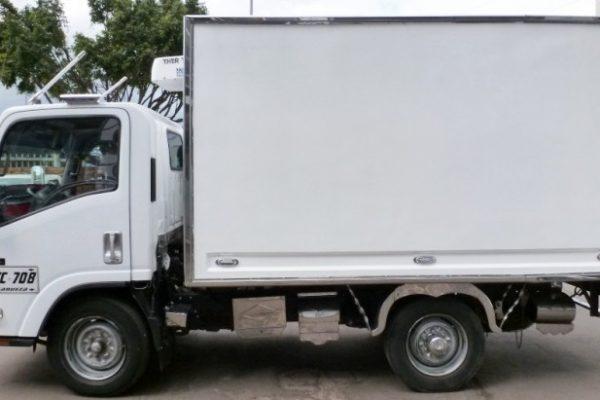 Furgón aislado para Chevrolet NHR de 2 toneladas