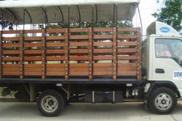 carrocería de estacas para JAC 1040
